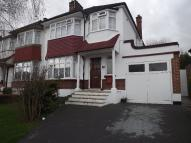 3 bed semi detached property in Brookdale, London, N11