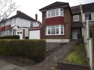 3 bedroom semi detached home to rent in Brookdale, London, N11