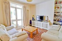 Flat for sale in Crane Grove, Islington...