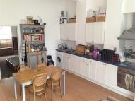 Apartment to rent in Mildmay Park...