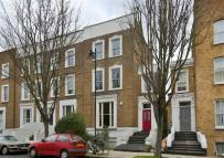 3 bedroom Apartment to rent in Oakley Road, Islington...