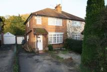 semi detached property to rent in Park Lane, High Wycombe
