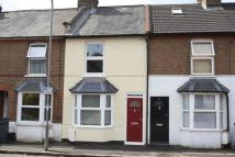2 bedroom Terraced property in Gordon Road, High Wycombe