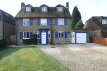 Detached home in School Close