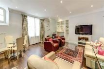 3 bed Apartment in Hays Mews, Mayfair...