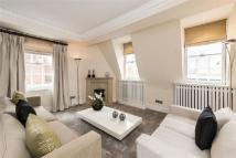 Apartment in Park Street, Mayfair...