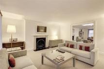 3 bed Apartment in Hertford Street, Mayfair...