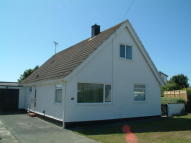 4 bed Detached Bungalow for sale in Rhosneigr, Anglesey...
