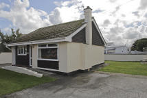 2 bedroom Detached Bungalow in Trigfa Estate, Moelfre...