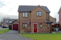 3 bed Detached property in Bro Caerwyn, Llangefni...