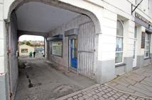 property to rent in The Kiosk, 8 Church St, Llangefni