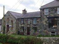 Terraced home to rent in Pontllyfni, Caernarfon...