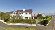 3 bed semi detached property in Rhodfar Garn, Nefyn