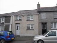 Terraced home in Rhedyw Road, Llanllyfni...