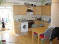 1 bed Flat to rent in Green Lanes...