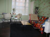 Ellwood Street Flat to rent