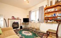 Flat to rent in Percival Street...