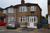 semi detached house to rent in York Avenue, Stanmore...