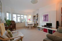 2 bed Apartment to rent in Etchingham Court...