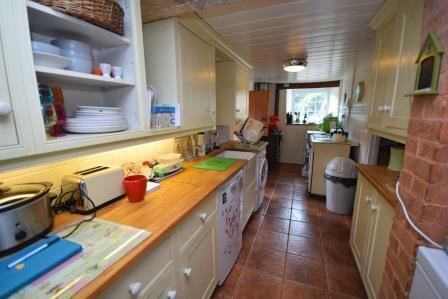Kitchen1 - Copy.JPG