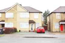 Flat to rent in New Haw, Surrey, KT15