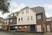 Flat to rent in Wey House, West Byfleet...