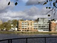 Apartment in River Lodge, Pimlico
