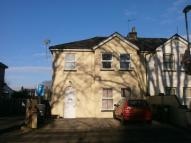 3 bedroom Flat in St. Clements Road...