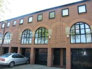 2 bed house to rent in County House Mews...