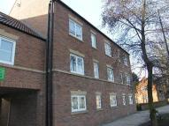 Flat to rent in Lawrence Cloisters, York...