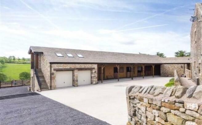 Garages & Stables