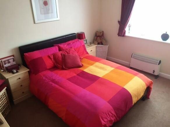 47 simon close bed 1
