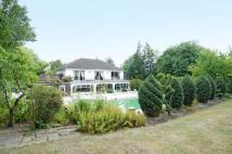 6 bed Detached property to rent in Hillside Road, Pinner...