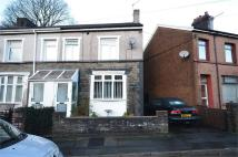2 bed End of Terrace property for sale in Woodland Crescent...
