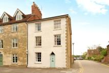 Character Property to rent in High Street...