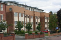 2 bed Flat in Park Road, Moseley...