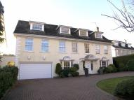 Detached home to rent in Barton Close, Chigwell...