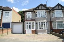 Grosvenor Gardens End of Terrace property to rent