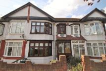 Terraced house to rent in Waltham Road...