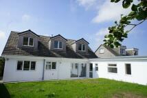 4 bedroom Detached Bungalow in Osborne Parc, Helston