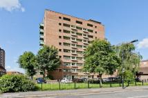 2 bed Flat for sale in Alberta Street...
