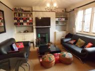 Flat in Acacia Road, London W3