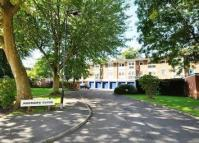 2 bed Flat to rent in Harriers Close, London W5