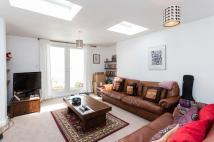 Flat for sale in Quarry Road, London SW18