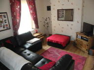 Abertillery Road Terraced property to rent