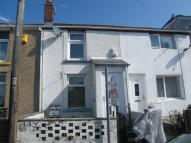 2 bedroom Terraced house to rent in King Street, Brynmawr...