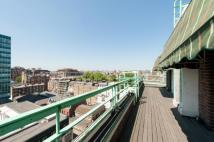 Flat for sale in Gloucester Place...