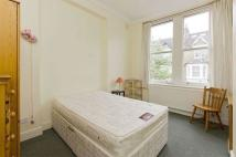 3 bed Flat in Charteris Road...