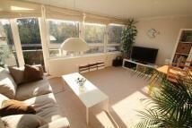 2 bedroom Flat to rent in Mapesbury Road...