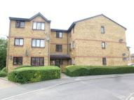 Flat to rent in Garton Close Enfield